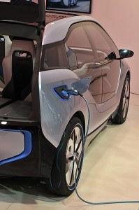 BMW i3 cargando